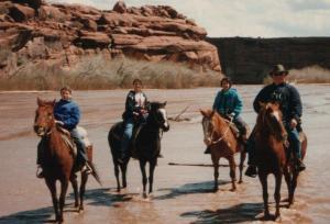 vince_ruth_kids_horses